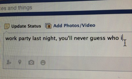 A facebook update status