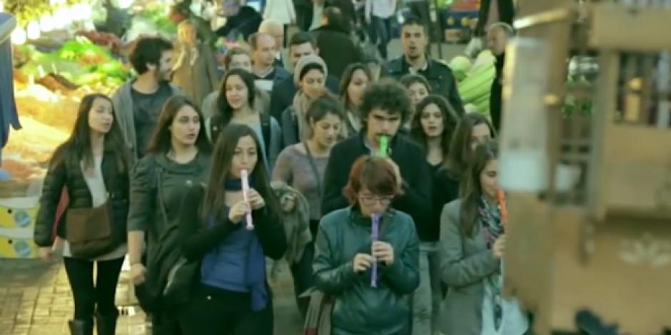 Tropicana'dan Bursa'yı Birbirine Katan Flash Mob