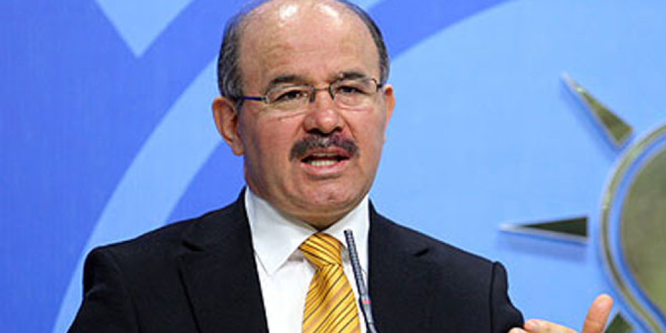 AK Parti Sözcüsü Hüseyin Çelik'ten İnternet Özgürlüğü Açıklaması