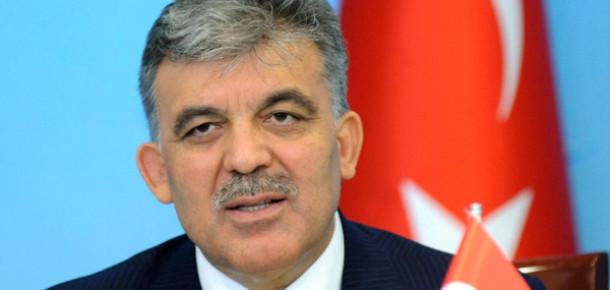"""Cumhurbaşkanı Gül'den Açıklama: """"İnternet Yasasında Sıkıntılar Var"""""""