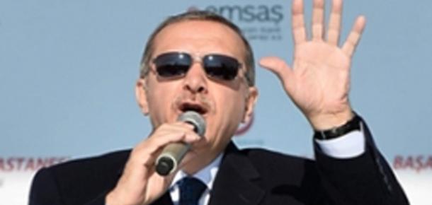 """Tablet Dağıtımında Başbakan Erdoğan'dan Nasihat: """"Bilgisayarın Esiri Olmayın"""""""
