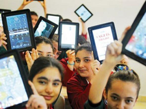 Fatih Projesi'nde 675 Bin Tabletin Dağıtımına Başlanıyor