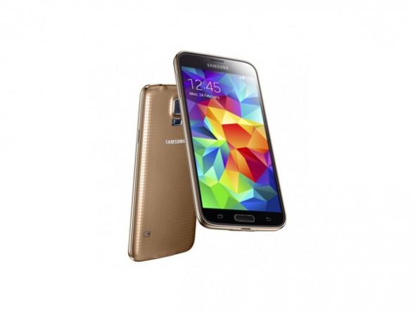 Samsung Galaxy S5, Galaxy S4 ve iPhone 5'ten Ne Kadar Farklı? [Karşılaştırma]