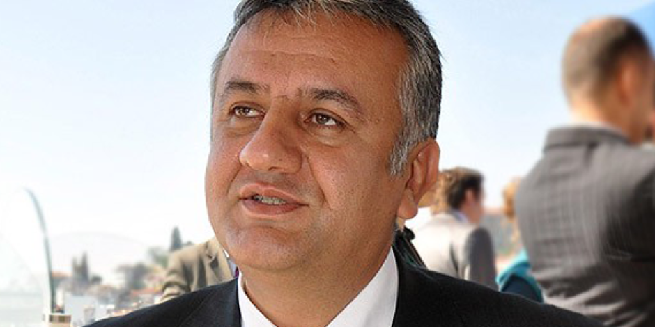 İnternet Geliştirme Kurulu Başkanı Serhat Özeren İnternet Yasasını Savundu