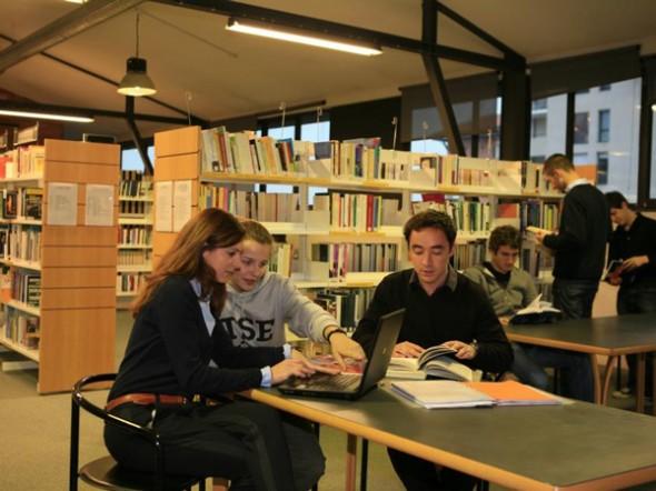 Türkiye'deki Üniversitelerin Facebook Karnesi