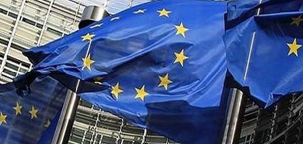 Avrupa Parlamentosu'ndan İnternet Yasasına Sert Eleştiri