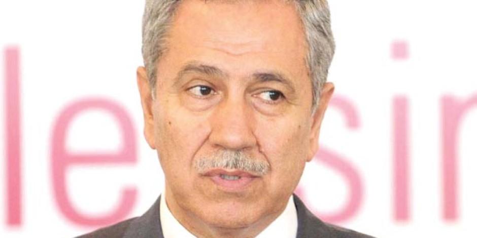 """Bülent Arınç: """"Twitter'ı Biz Değil, TİB Yasakladı"""""""