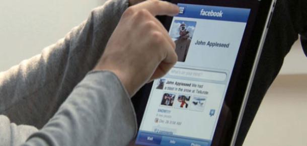 Facebook Etkileşim Sağlama ve Ziyaret Başına Gelirde Zirvede [Rapor]