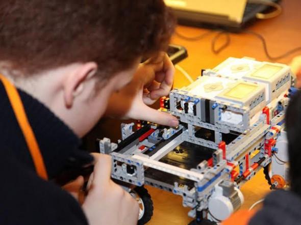 NASA Space App Challenge'ı Öğrencilerin Uzayda Tarım Projesi Kazandı