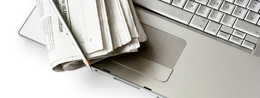 newspaper-laptop