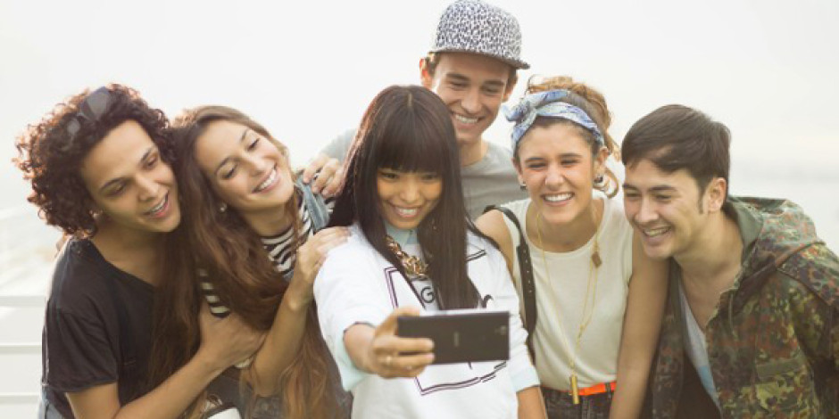 Sony'den selfie odaklı akıllı telefon: Xperia C3