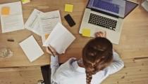 Kıyafet ve aksesuarlarla ilgili ofiste yaşanan acil durumlara pratik çözümler
