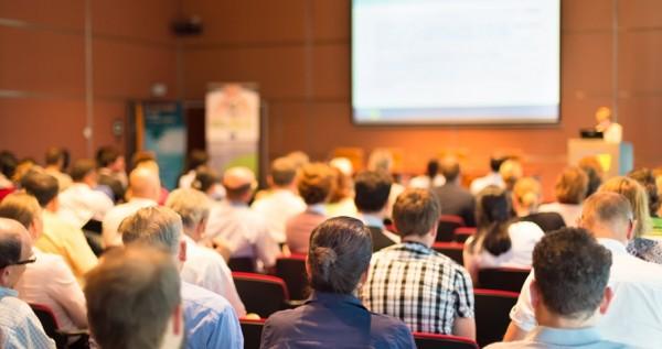 Konferans ve toplantılarda sosyal medyayı nasıl kullanabilirsiniz?