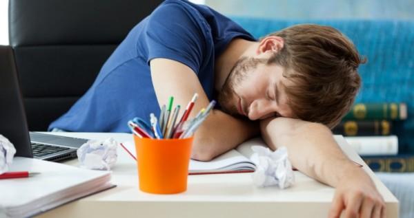 Uykunun iş ve sosyal yaşantınıza 8 önemli etkisi