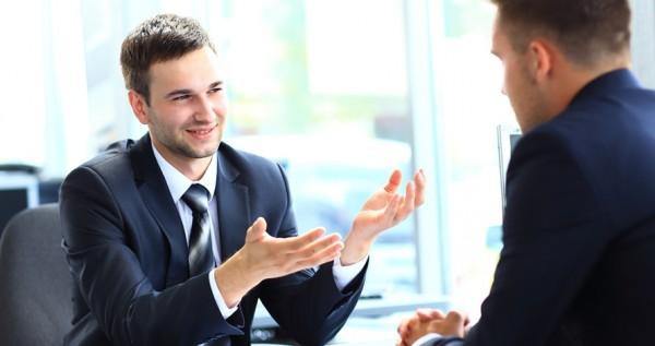 İş görüşmelerinde vücut dilinizi iyi kullanarak öne çıkmanızı sağlayacak 5 ipucu