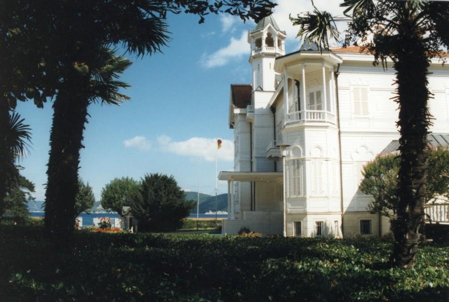 Sommerhaus_der_dt_botschaft_in_tarabya_istanbul