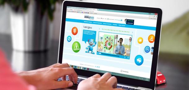 Mercedes-Benz'den çocuklar için online trafik eğitim projesi