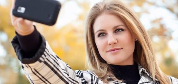 """MasterCard online alışveriş yapanlar için """"selfie"""" şifrelerini test ediyor"""