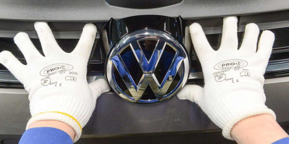 Volkswagen fabrikasında bir robot, insan öldürdü