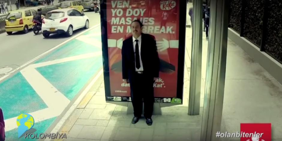 Masaj yapan billboard ile sosyal medyada #olanbitenler