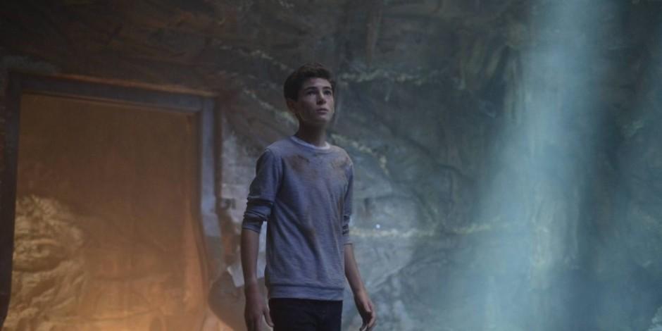Gotham 2. sezon 1. bölümde neler oldu?