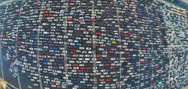 Beterin beteri de var: Mahmutbey gişelerindeki trafik, Çin'deki trafiğe karşı