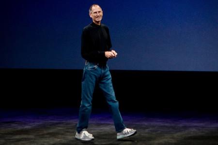 Steve-Jobs-Turtleneck-Jeans