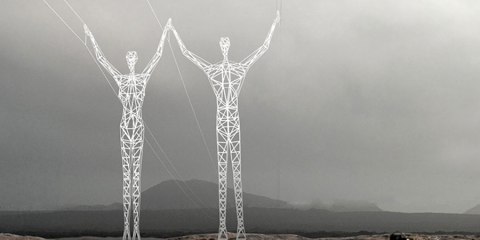 Sıkıcı elektrik direklerini dev insan heykellerine dönüşüm