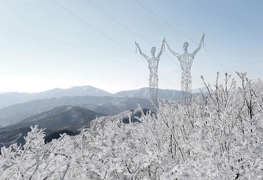 electricity-pylons-human-statues-choi-shine-6