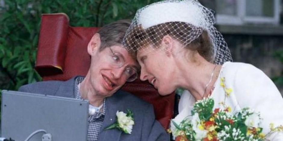 Stephen Hawking: Evreni çözebiliriz ama kadınları asla