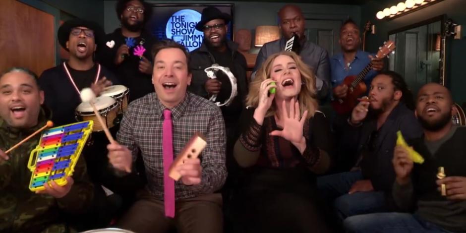 """Adele, okul enstrümanları ile """"Hello""""yu seslendirdi"""