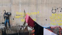 Banksy Steve Jobs'un babasının da Suriyeli olduğunu hatırlatıyor