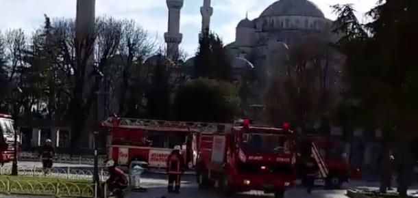 Sultanahmet'teki patlama üzerine sosyal medyadan ilk paylaşımlar