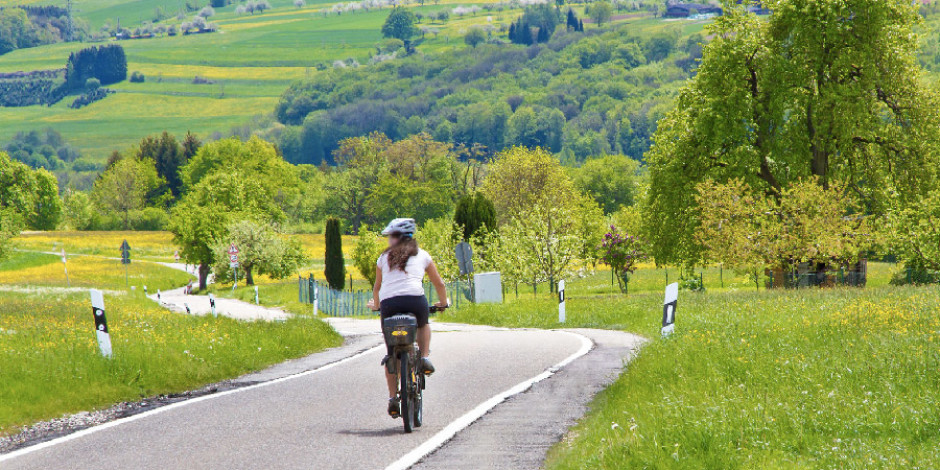 Almanya, 100 kilometrelik bisiklet otoyolu açıyor