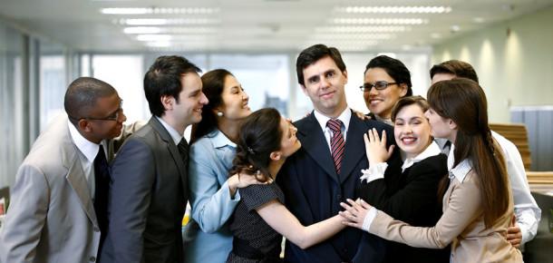 İş yerlerinde popüler kişilerin sevilen 4 özelliği