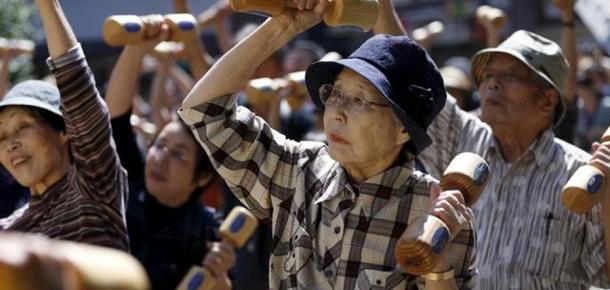 Yaşlanma sürecini tersine çevirmek için bilim adamlarından günlük tavsiye