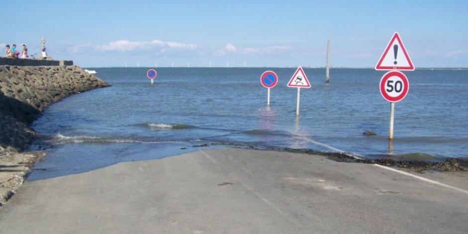 Fransa'daki efsane yol, günde iki defa sular altında kalıyor