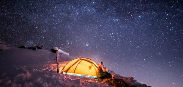 Romantizmi dağda yaşayan adrenalin dolu çift