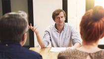 İş görüşmelerinde en sık sorulan 4 soru ve soranların gerçekten öğrenmek istedikleri