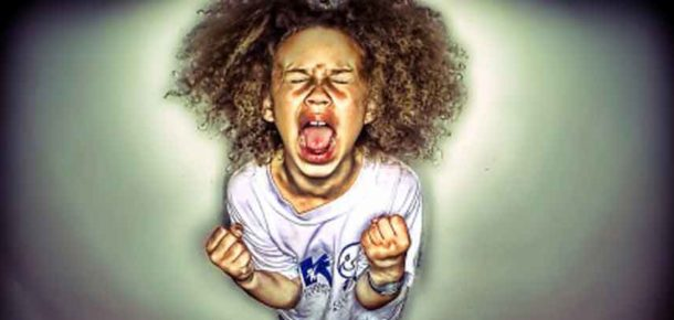 Çocukları kötü davranışlara sürükleyen 7 ebeveyn hatası