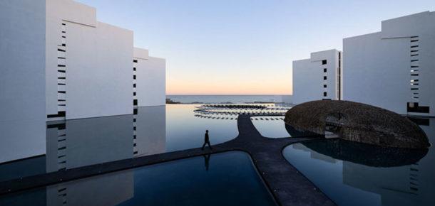 Dünyanın en beyaz ve minimalist tasarıma sahip otelinden 10 harika görüntü