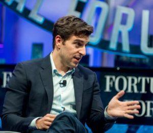 Airbnb'nin kurucusuna göre ürününüzü 100 kişinin beğenmesi yeterli