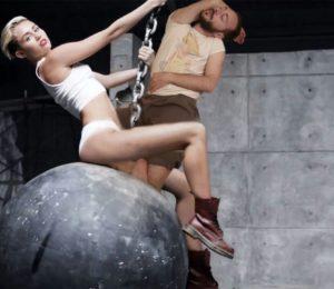 Yerli bir Photoshop savaşından komik 18 görsel