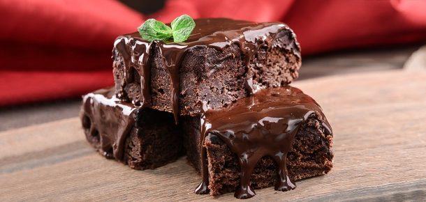 Kahvaltıda çikolatalı pasta yemek, belinize ve beyninize iyi geliyor