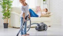 Çocuklarınıza hangi yaşlarda hangi ev işlerini öğretebilirsiniz?