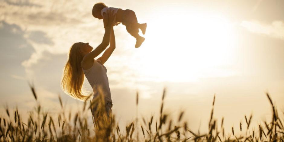 Yapılan son araştırmalara göre çocukların zekası, annelerden geçiyor