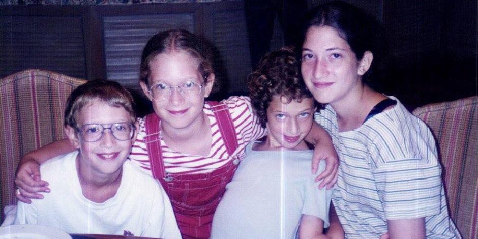 Mark Zuckerberg'le eşinin hiç görmediğiniz çocukluk fotoğrafları