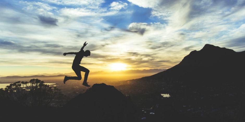 Çalışırken odaklanabilmek ve enerjik olmanın (kafeinsiz) 6 etkili yolu