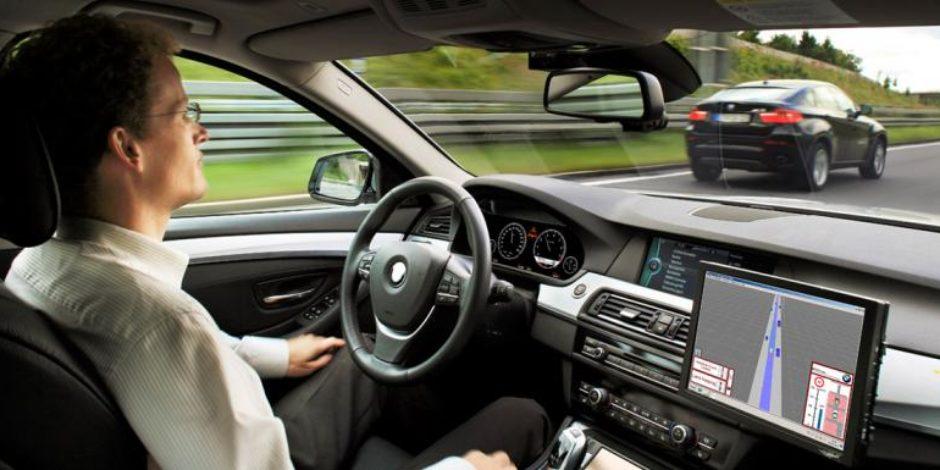 Almanya'nın sürücüsüz araçlara çözümü: hayvanları öldür, mülklere zarar ver, insanları koru